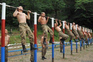 Нужно ли служить в армии? Плюсы и минусы