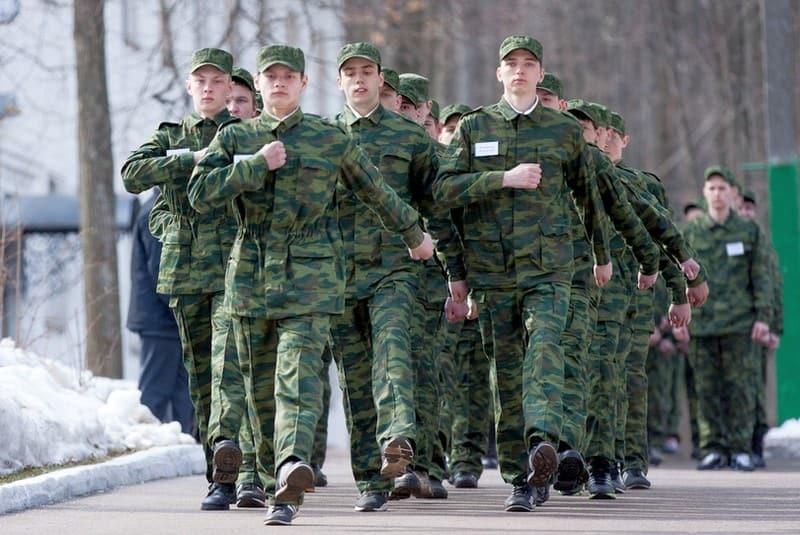 Белый военный билет: плюсы и минусы