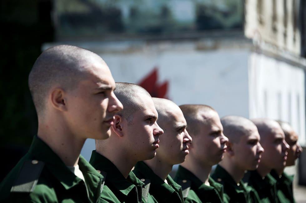 Возможно ли отмазаться от армии в России