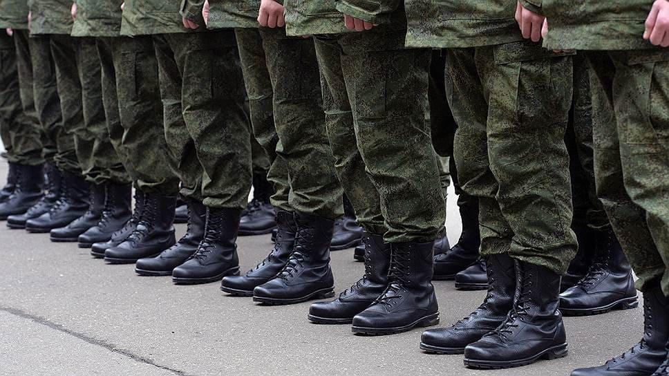 Сколько солдат умирает в армии