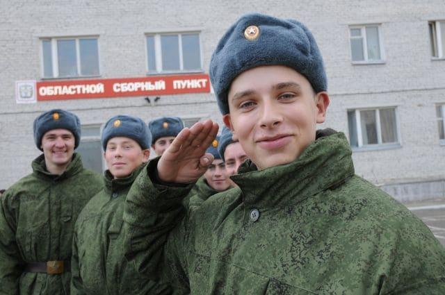 Что делают в армии в России